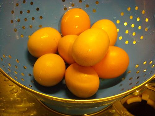colander eggs 1.JPG