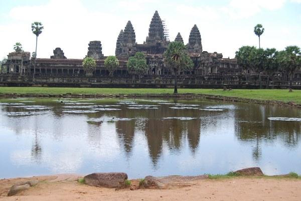 Angkor Wat con andamio en la torre principal