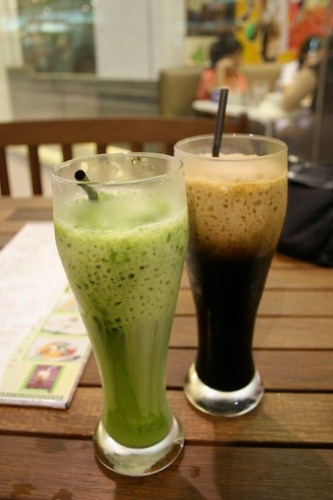 Thai Iced Coffee and Thai Iced Green Tea by Jatujak
