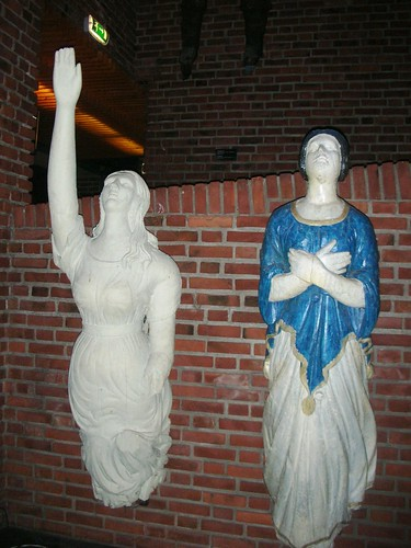 Provacative and modest maidens