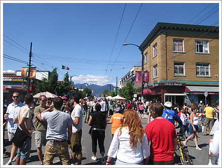 Car Free Commercial Drive 2008 Dolce Amore