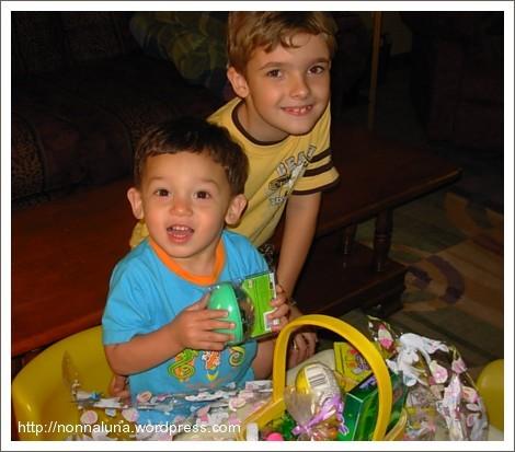 B & N looking at Nicky's basket