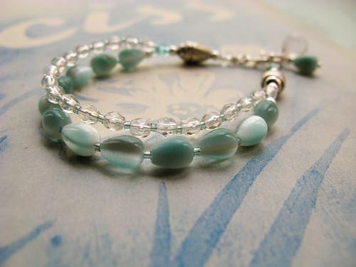 Charming bracelet in clear/aqua