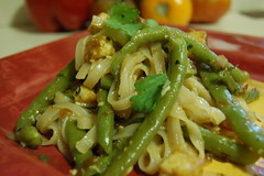 Pad thai with gren beans