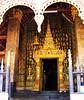 LAOS,Luang Prabang ,Schöner Eingang zum Tempel- 61 by roba66