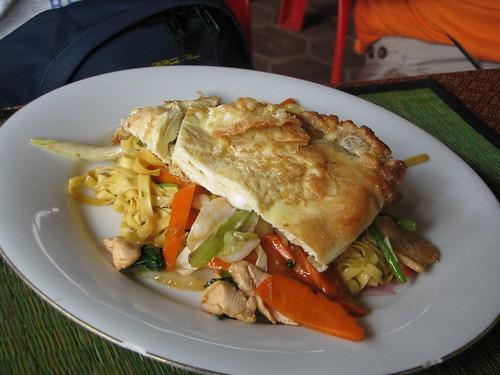 Cambodia yellow mee