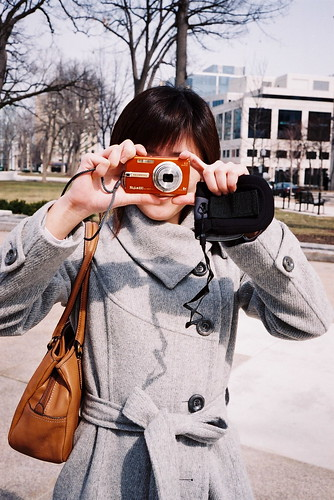 Kitky with her new camera=D