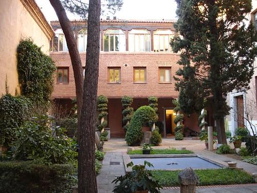 Patio interior de la universidad de Alcalá en la actualidad