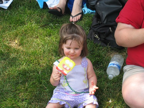 Amelia eating a popsicle