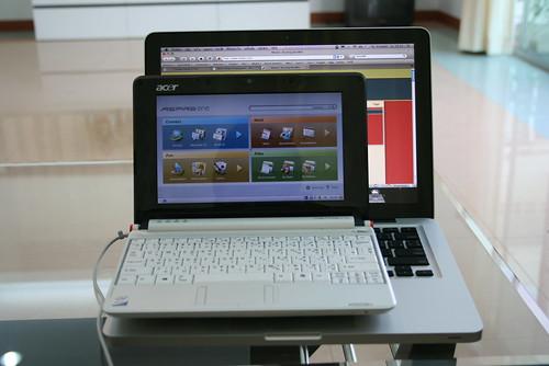New Macbook & Aspire One