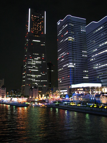 70 - Yokohama at night - 20080614