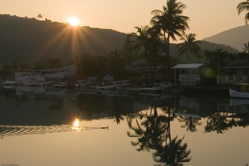 Voggy Sunrise in Hawaii Kai