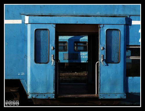 Let there be blue passenger cars!