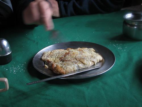 La tortilla de patata más rica que he comido nunca en Nepal