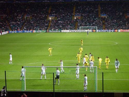 Celtic defend a corner