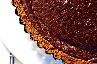 chocolate tart with gingersnap crust