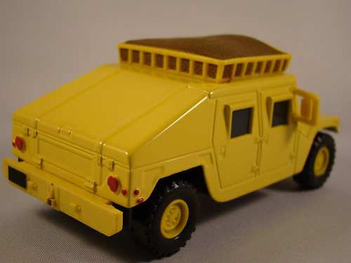 CARS Megasized Hummer Sven (5)