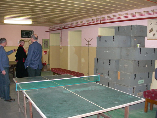 Table tennis at the shelter