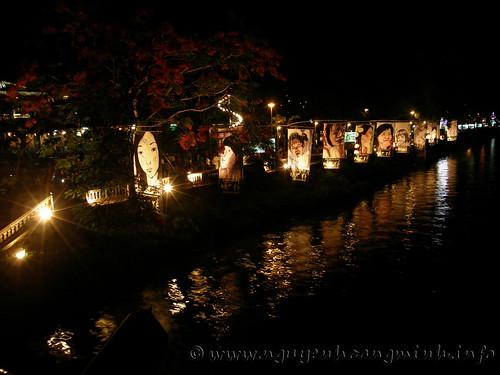 Phố đi bộ đêm - Mặt kể (Click vào hình đê xem fullsize@ 1200px)