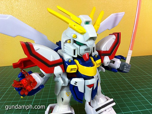 SD Archive God Gundam (20) Out Of Box Review