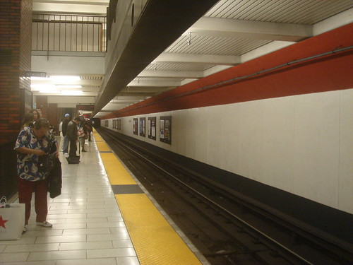Oakland city center 轉車2