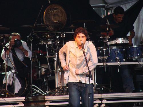 Show do Cordel de Fogo Encantado na Av. São João