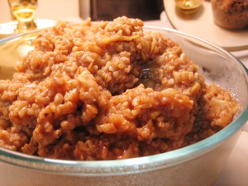cinnamon-apple oats