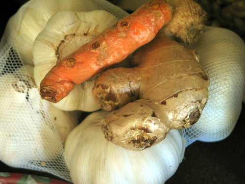 garlic, turmeric, ginger