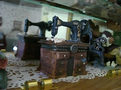 Boyd's Bear sewing chest