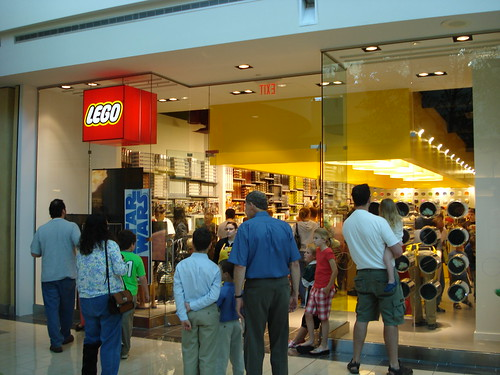 LEGO store grand opening in Frisco, Texas sets record in sales | The ...