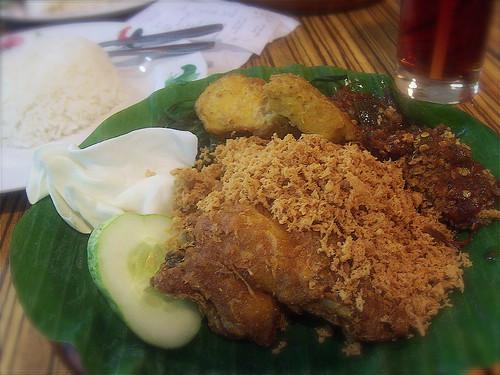 Nasi Ayam Penyet