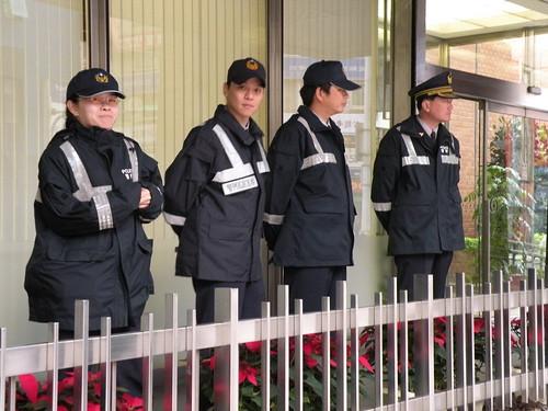 971205-一銀連動債投資人抗議-09