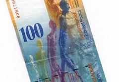 100 francs suisses