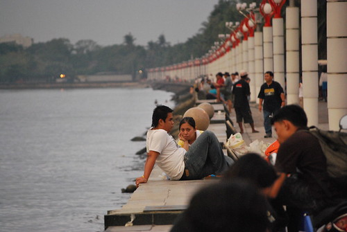 manila bay baywalk relaxing Pinoy Filipino Pilipino Buhay  people pictures photos life Philippinen  菲律宾  菲律賓  필리핀(공화�) Philippines