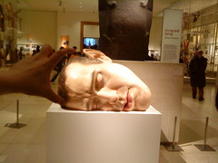 Ron Mueck get's his head crushed!