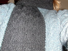LKgrayscarf