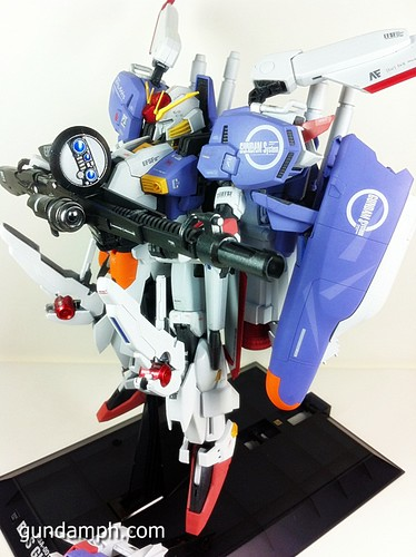 MG EX-S Gundam Custom Painted (8)