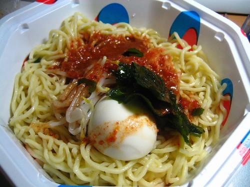 7-11泡菜涼麵/kimchi cold noodles