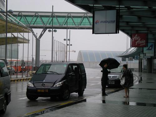 Typhoon No.8 in Macau (2)