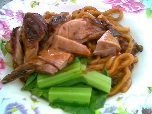 Sing Long Cafe's roast duck noodles, Sibu