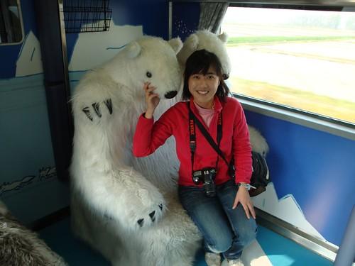 臉好小的北極熊