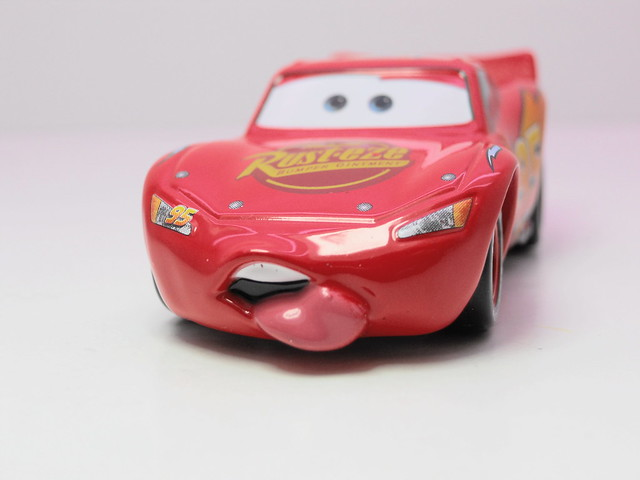 tomica disney cars mack,king,chick hicks,tongue mcqueen combo (15)