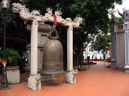 Bell at Phu Tay Ho