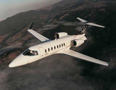 Vista volando Learjet