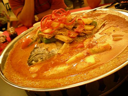 Mitsu fish head curry