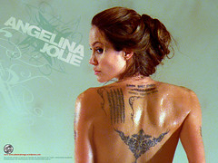 Angelina Jolie em O Procurado - CLIQUE PARA FAZER O DOWNLOAD DESTE WALLPAPER