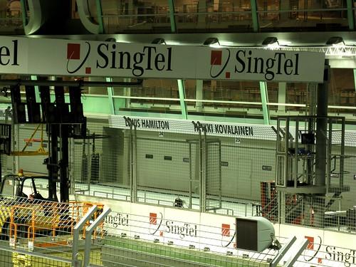 F1 garages-7-2008