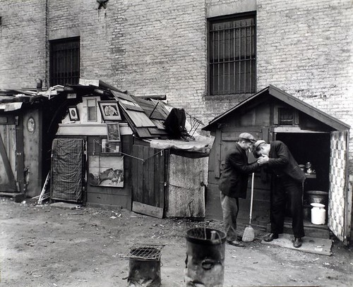 Huts and unemployed, West Houston and Mercer Street, Manhattan.. Abbott, Berenice -- Photographer. October 25, 1935
