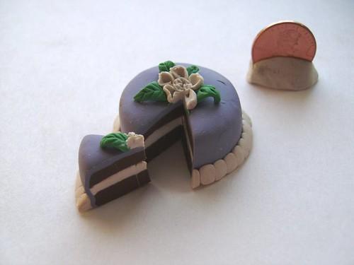 mini purple cake