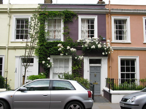 Pretty house in Portebello Road